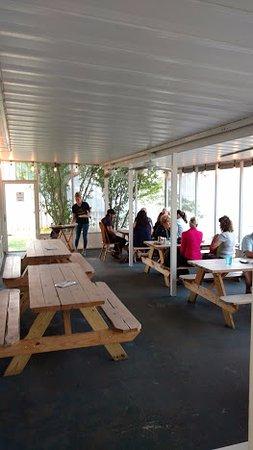 Saugatuck, MI : another dining area