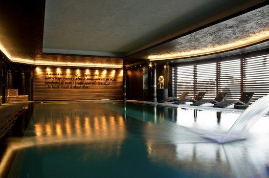 AquaAura  Wellness & Spa