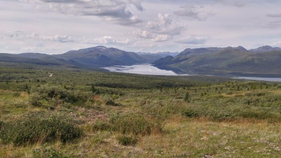 Sky High Wilderness Ranch: A horse back riding trail that over looks Fish Lake