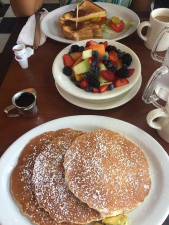 Patrick's Roadhouse: Super petit déjeuner