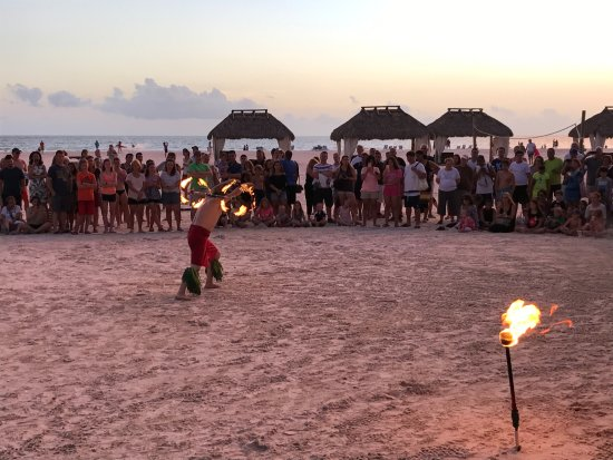 Quinn's on the Beach : Scherza con il fuoco