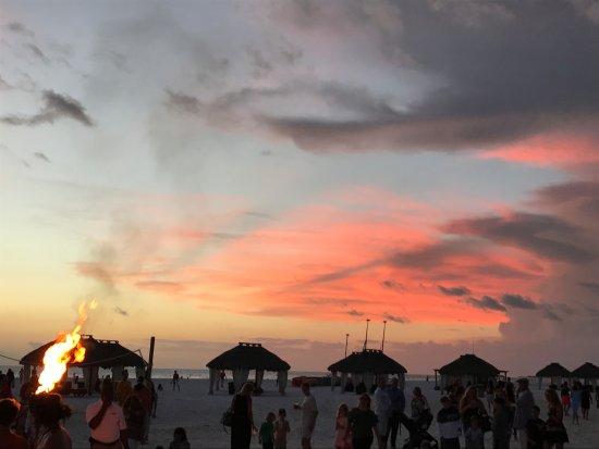 Quinn's on the Beach : tramonto di fuoco