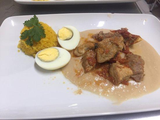 Cafe Restaurante Los Arcos : Nuestro riquísimo LOMITOS..