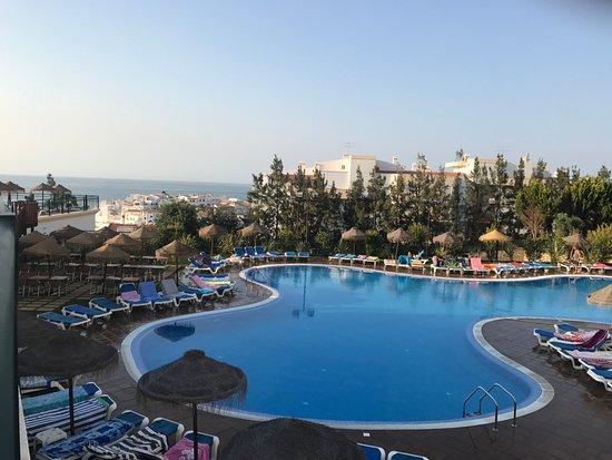 Hotel Apartamento Cerro Mar Garden: Main pool in main part of Hotel