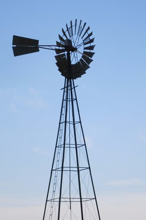 Sandhills Journey Scenic Byway Visitor Center: Working Parries windmill water pump