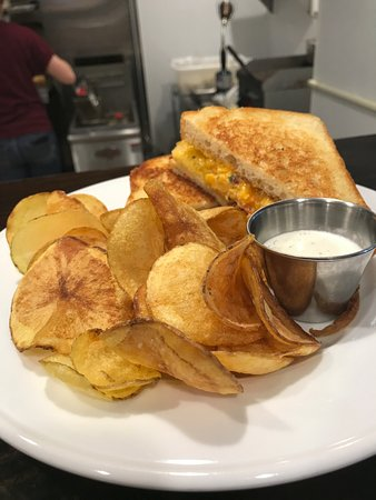 Churchville, VA: Grilled Pimento Cheese on our famous bread with homemade chips and dip