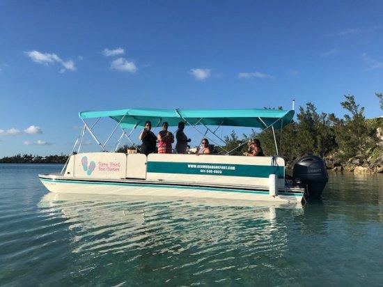 Hamilton, Bermuda: Sunset charter!