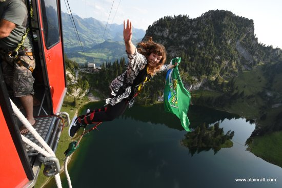 Matten bei Interlaken, Швейцария: Stockhorn Bungy Jump