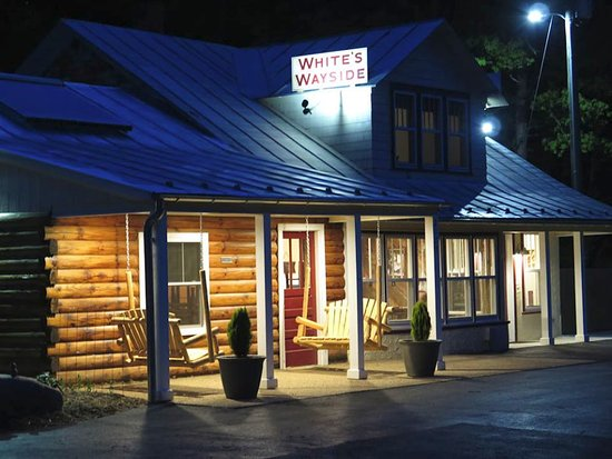 Churchville, VA: White's Wayside after recent renovations