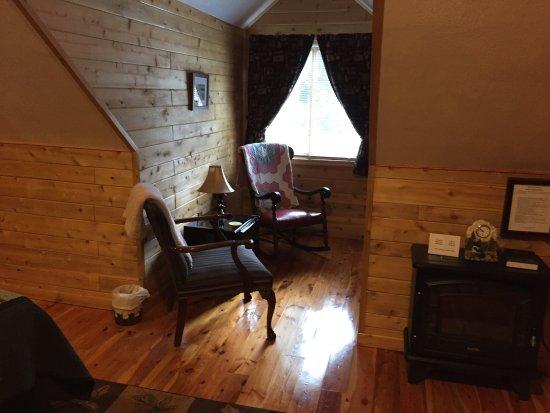 The Agate Cross Bed & Breakfast, LLC: photo1.jpg