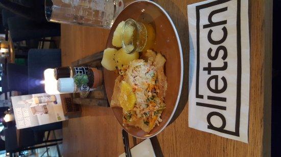 Esens, เยอรมนี: Plietsch
