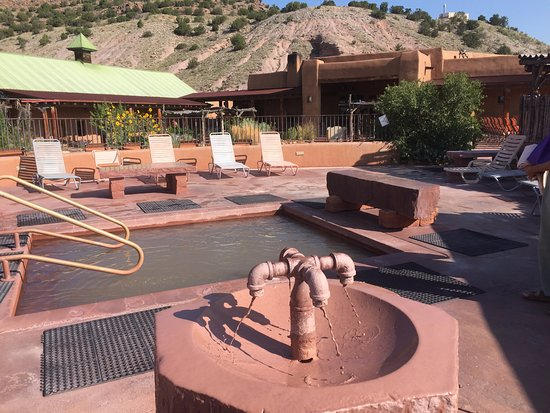 Ojo Caliente, NM: The Mud tap and pool