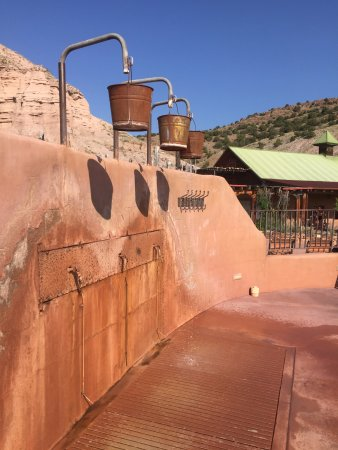 Ojo Caliente, NM: Rinse for the mud pool