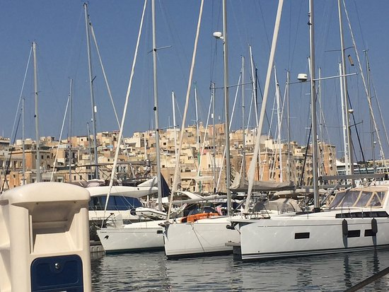 Hard Rock Cafe Malta Waterfront
