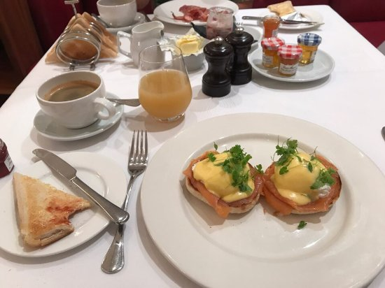 Threadneedles, Autograph Collection: Great breakfast. Great service.
