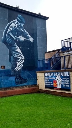 The Bogside Artists : Unmissable