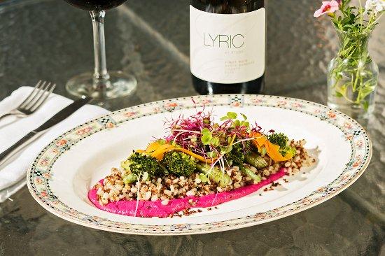 Callicoon, Estado de Nueva York: Vegetarian Grain Plate at The Western Supper Club & Inn