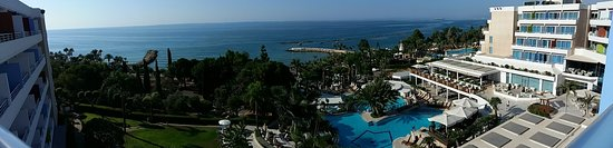 Mediterranean Beach Hotel: Panoramic view from Room