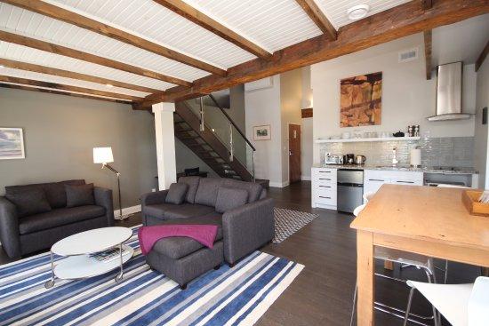 Kemptville Suites: Loft Suite #1