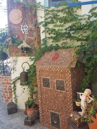 Thimiana, Grecia: Beautiful corner!!