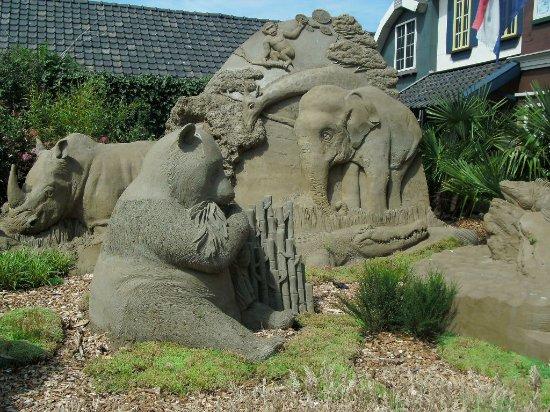 Garderen, Нидерланды: Ouwehand en de Panda's