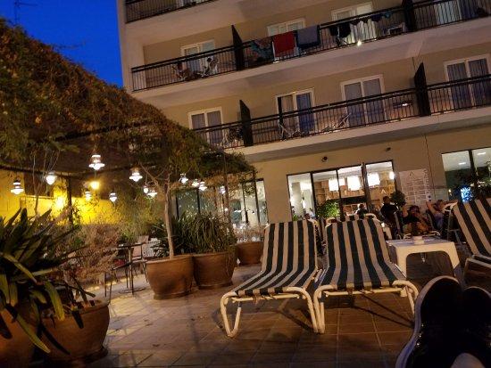 Aqua Hotel Bertran Park: Relax and enjoy