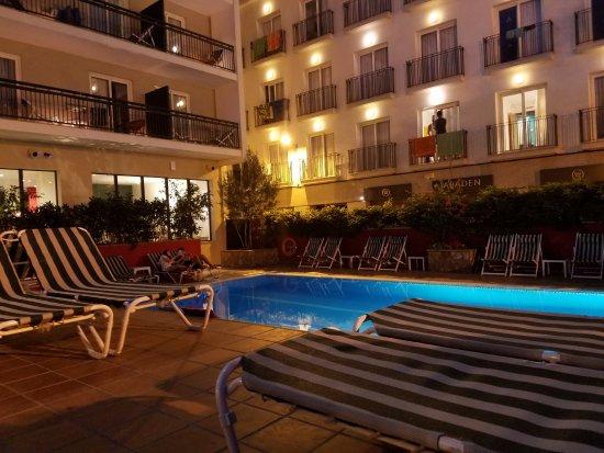 Aqua Hotel Bertran Park: Small pool, but nice
