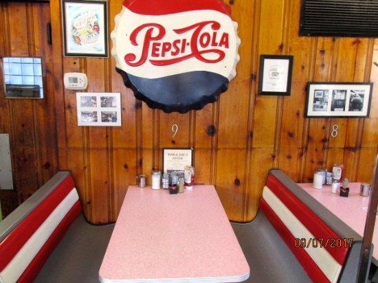 Altoona, PA: Booth