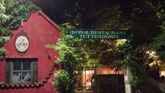 Korneuburg, Østerrike: Eingang zum Restaurant