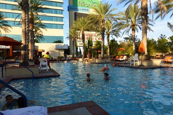 Aliante Casino + Hotel + Spa: piscina