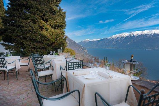 La terrazza panoramica di villa sostaga picture of ristorante sostaga gargnano tripadvisor - Villa la terrazza ...