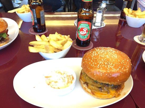 Helvti Diner: photo0.jpg