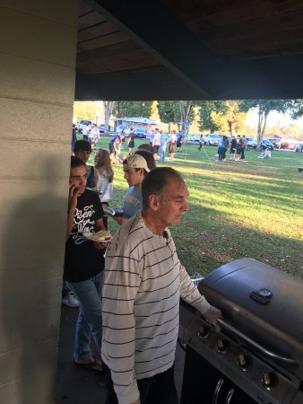Everett, WA: We barbecued about 150 hamburgers for a very large football team! Go MOMS (and dads) :)