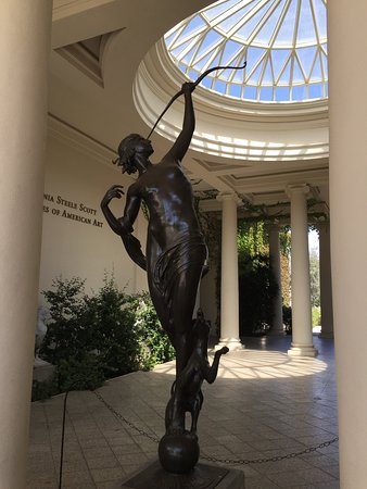 The Huntington Store: Statue outside American Art Museum