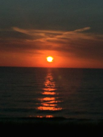 Saugatuck, MI: Sunset at Oval Beach