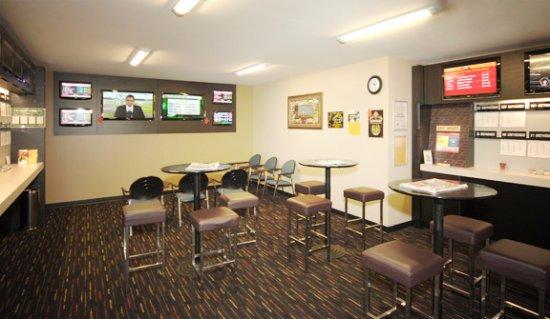 Argosy Motor Inn Devonport: U-Bet lounge