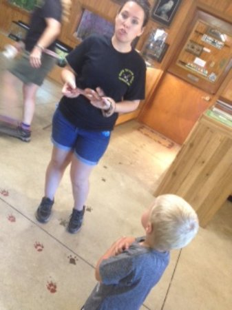 Castalia, OH : Educational session with a snake