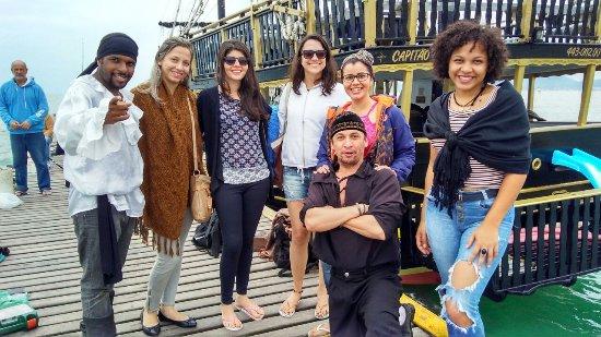 Canasvieiras: Passeio de Escuna Capitão Gancho Martin
