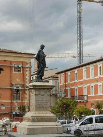 Statua di Sallustio