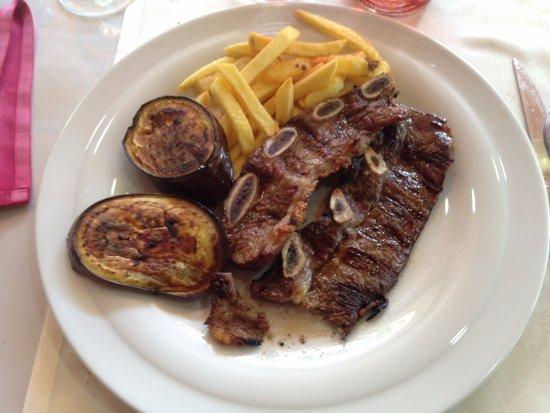 Campelles, Spain: Le fameux Churrasco !