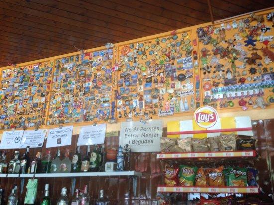 Campelles, Spain: Vue sur le bar
