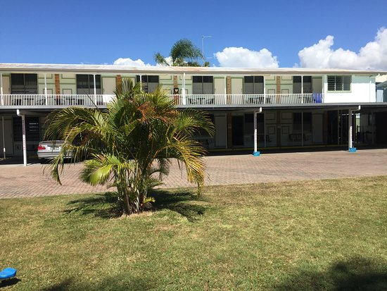 Paradise lodge motel updated 2017 hotel reviews price for Paradise motor inn prices