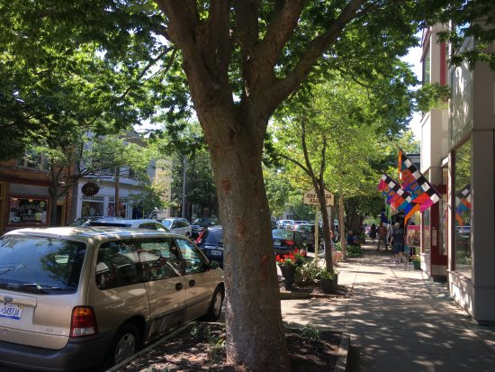 Saugatuck, MI: Butler Street Shop