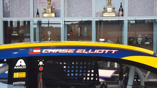 Hendrick motorsports complex charlotte all you need to for Charlotte motor speedway condo rental