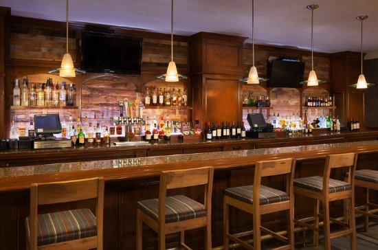 Four Points by Sheraton San Jose Airport: Bar