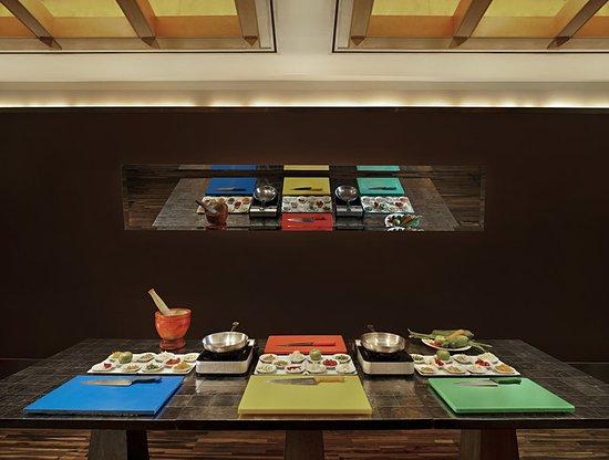 Sheraton Grande Sukhumvit A Luxury Collection Hotel Basil Thai Restaurant