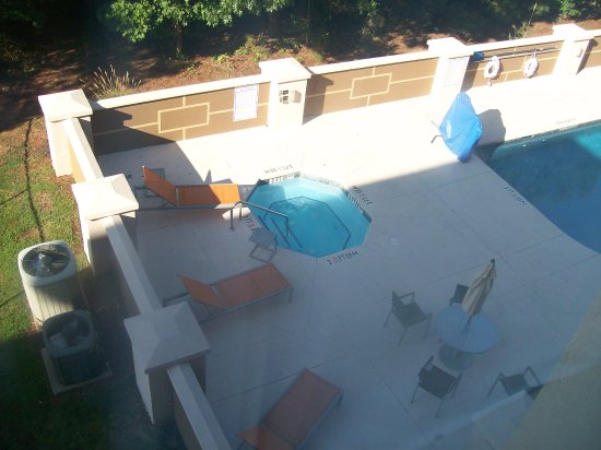 Anderson, SC: Room 312, the View from the Room over looks the Outdoor Pool.