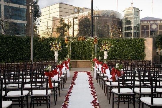 Cerritos, Καλιφόρνια: Garden Terrace Patio