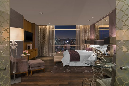 The St. Regis Mexico City: We present our Astor Suite Bedroom with incredible view