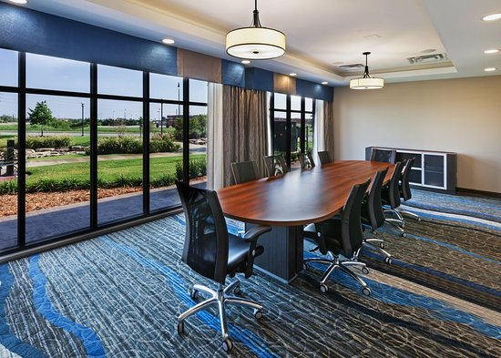Glenpool, OK: Boardroom(b)